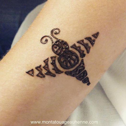 fete-du-miel-abeille-lacourneuve-tatouage-henne-naturel